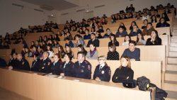 Студентов КБГУ призвали соблюдать правила безопасности на дорогах