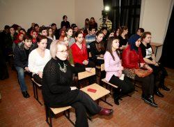 В КБГУ поставили спектакль по рассказу О'Генри «Дары волхвов»