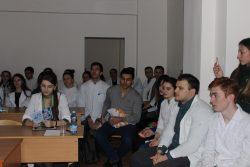 Студенты КБГУ поговорили о создателе вирусной теории рака Льве Зильбере