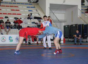 Самбисты КБГУ стали чемпионами