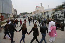 Индийские танцы на Арбате: КБГУ отпраздновал Международный день туризма
