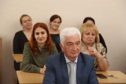 Профессору Л.Х. Слонову 85