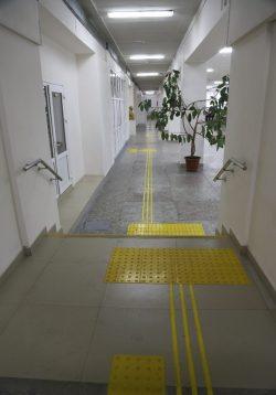Корпус института физики и математики и института информатики, электроники и робототехники 4