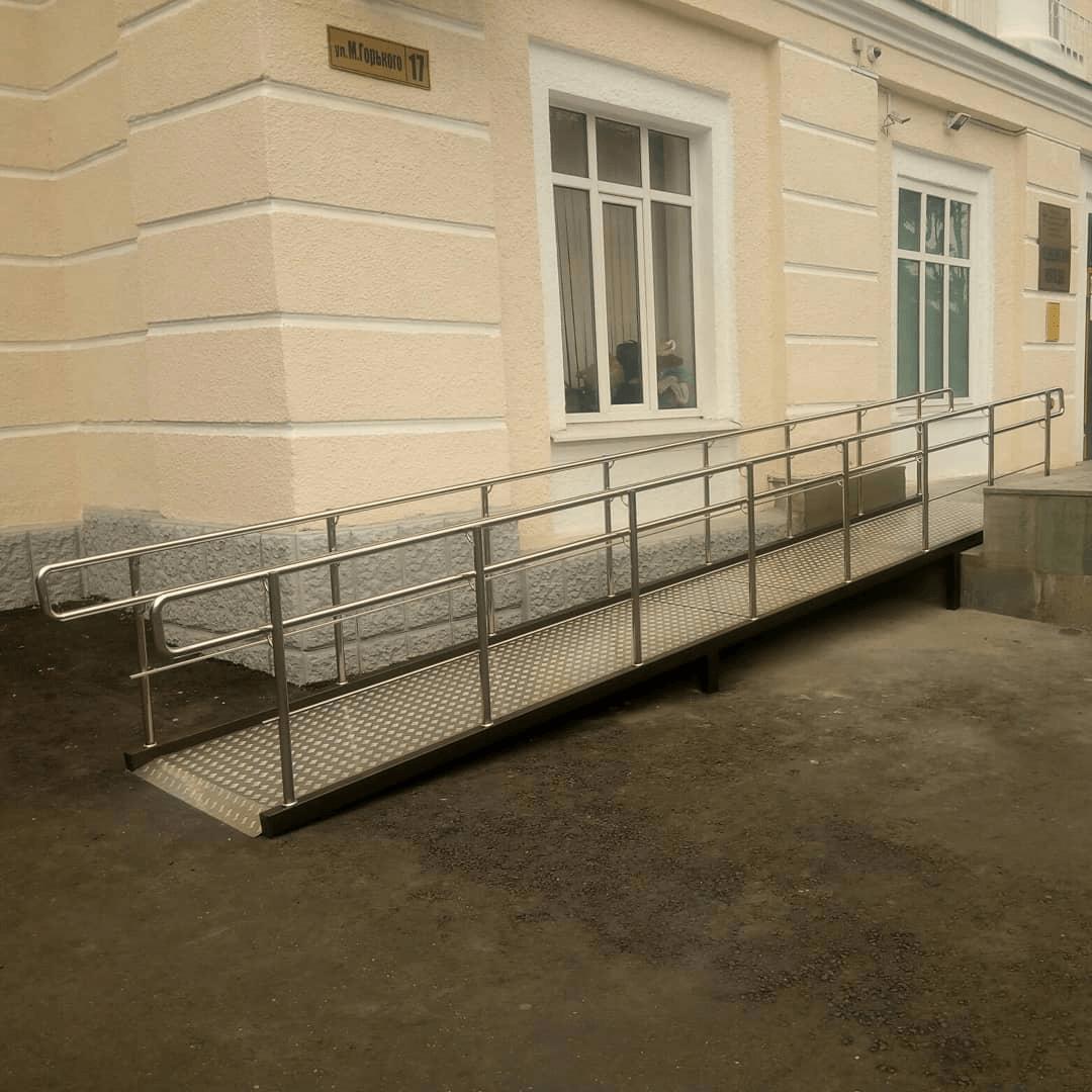 медколледж на ГОРЬКОГО