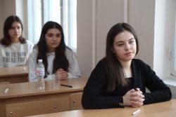 В КБГУ прошли открытые олимпиады по аудиту и по литературе
