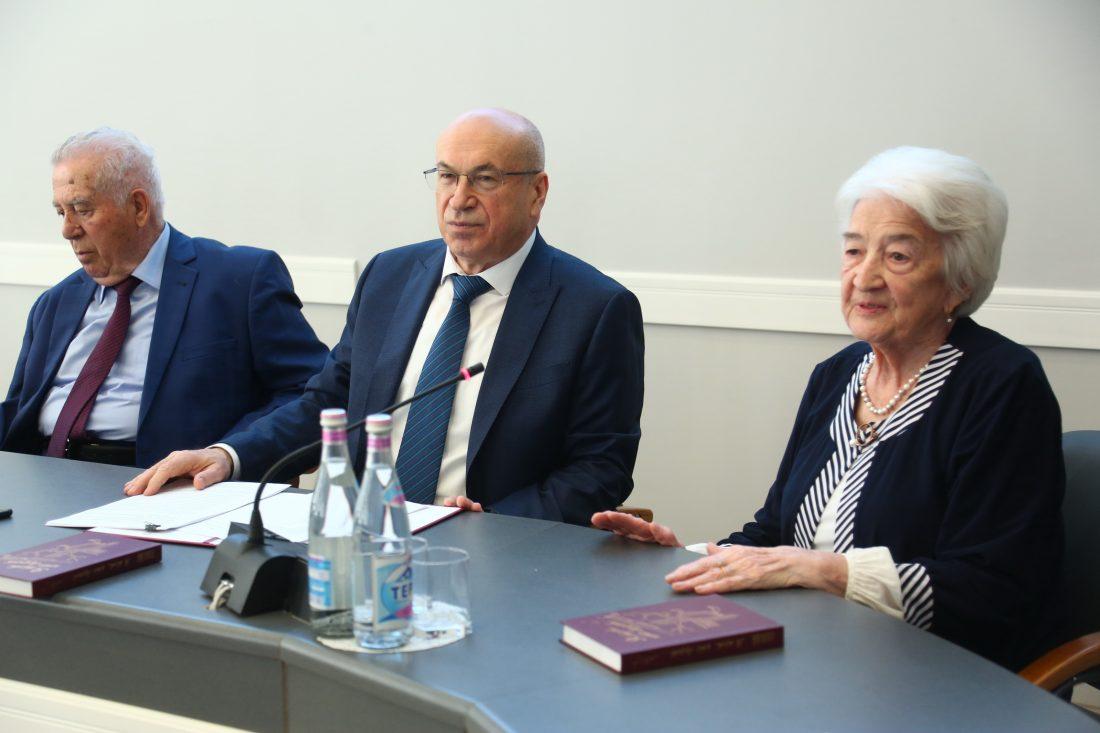 В КБГУ вспоминали третьего ректора вуза Владимира Калиметовича Тлостанова