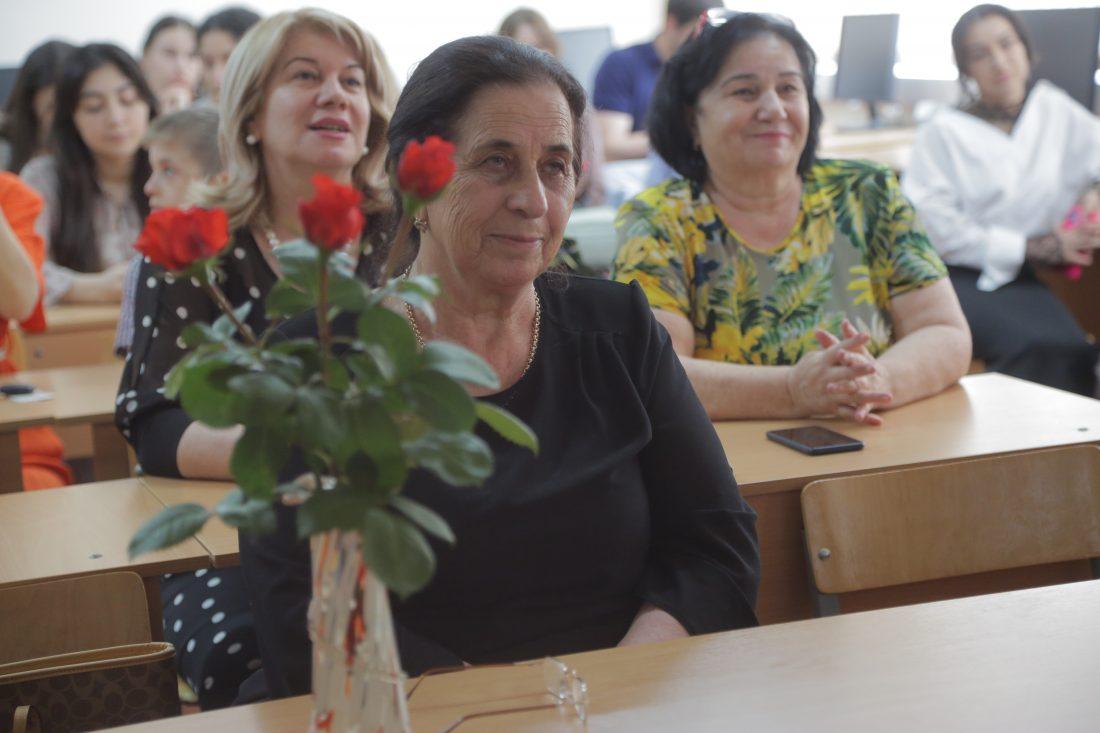 В КБГУ прошел творческий вечер Риммы Шогеновой